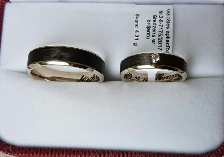 Wedding rings with inserts from Carbon fiber