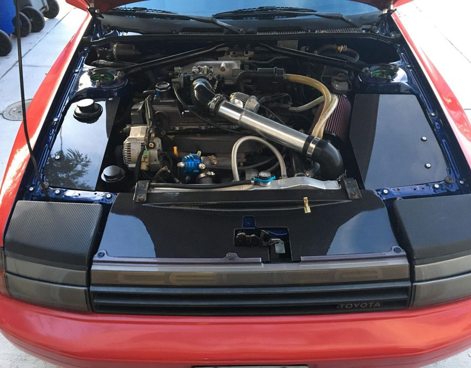 Toyota Celica Gen4 st16 engine bay