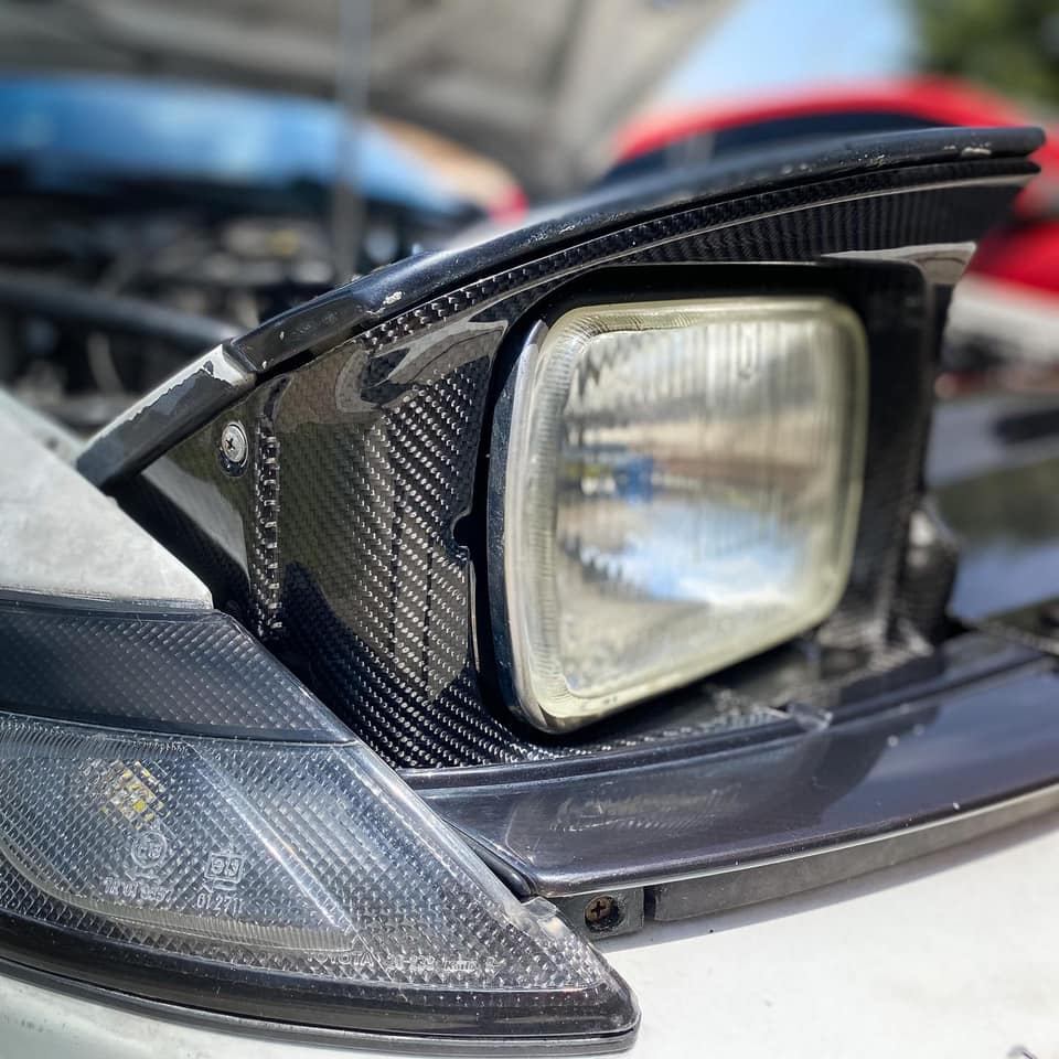 Carbon fiber headlights surround