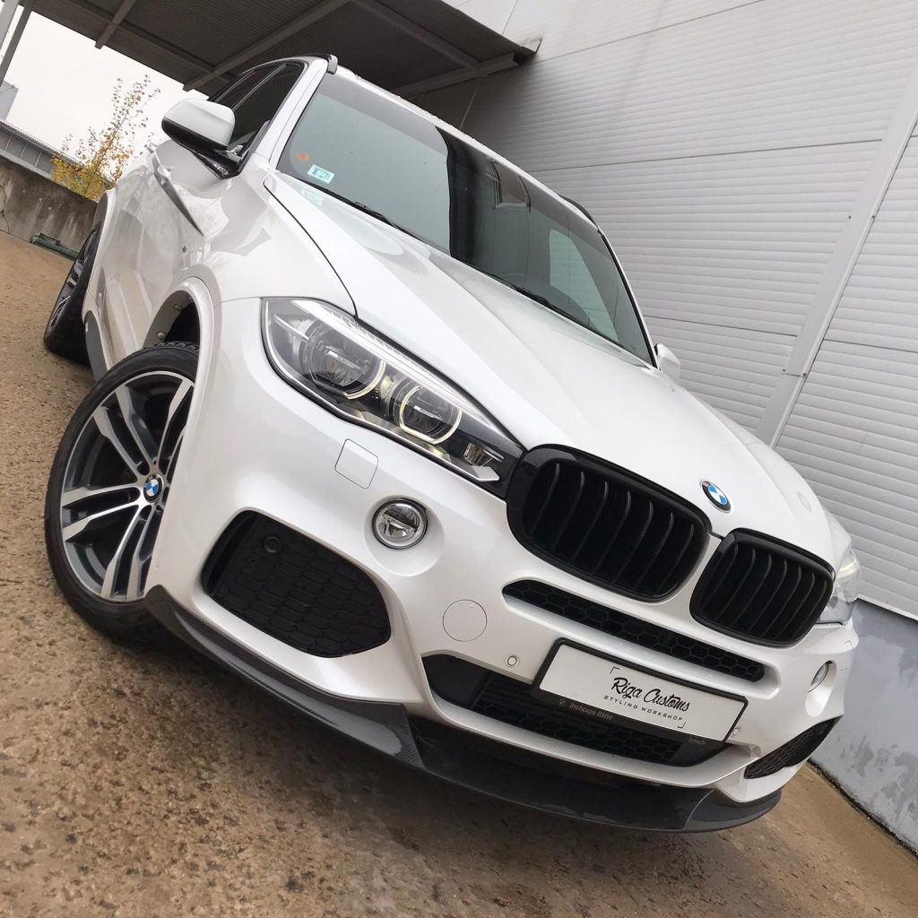 BMW X5 (F15) with carbon front lip